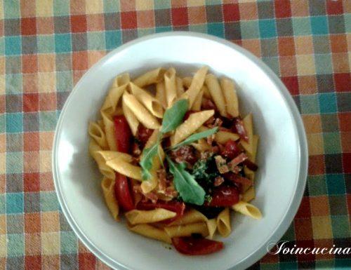 Garganelli speck pomodorini rucola