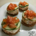 Cheesecake salato caprino e salmone affumicato