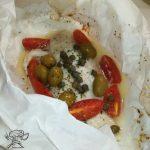 Persico al cartoccio con olive e capperi