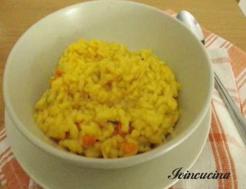 Risotto alla curcuma con verdure miste