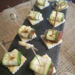 Tartine zucchine e speck con senape