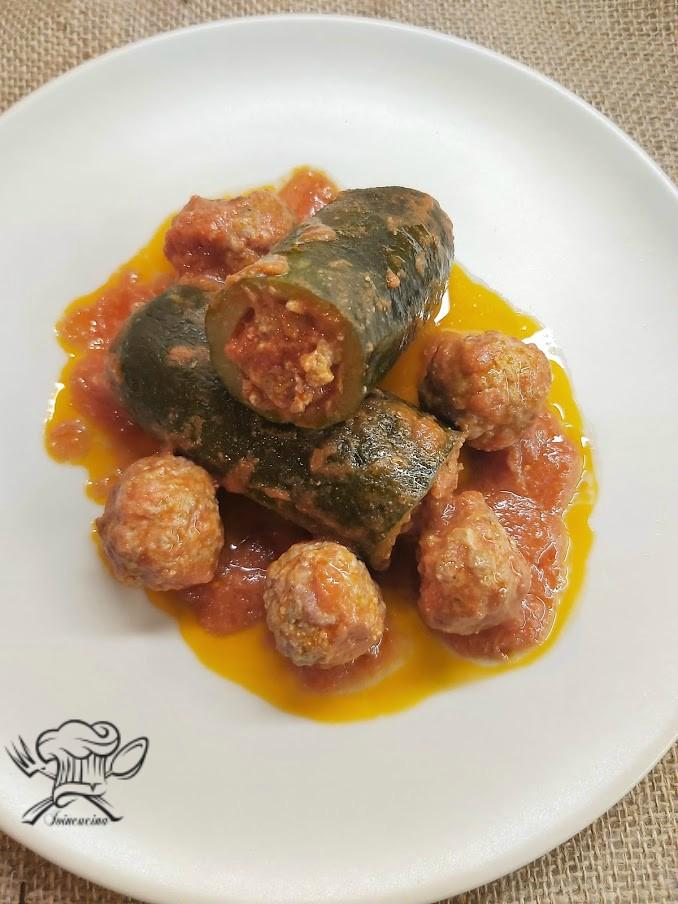 Ricetta Zucchine Ripiene Di Carne Al Sugo.Zucchine Ripiene Al Sugo Ioincucina