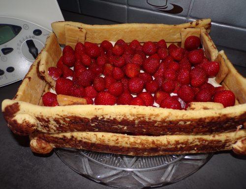 Torta Cassetta con le fragole