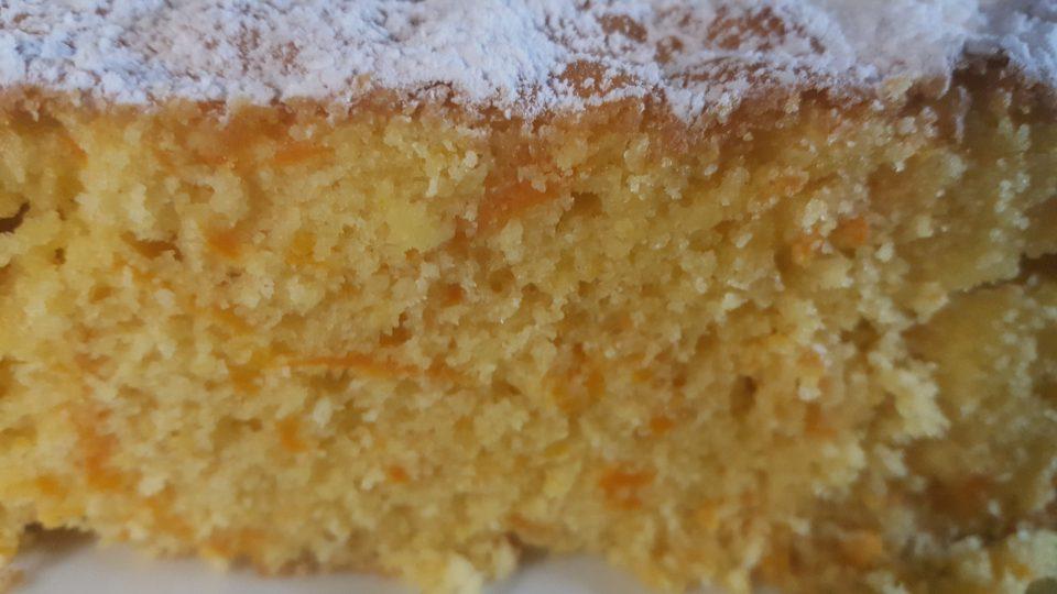 torta di carote fatto in casa da benedetta