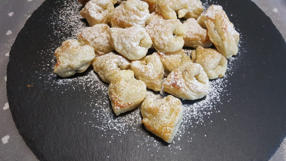 tortellini di pasta sfoglia alla nutella