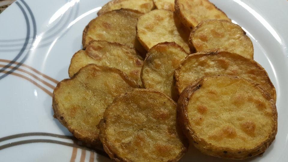 Patate tonde al forno croccanti