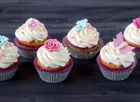 Cupcake decorati alla vaniglia