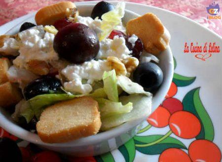 Insalata di ciliegie, fiocchi di latte e olive