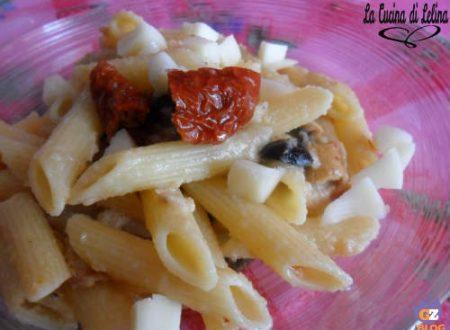 Penne alla crema di tonno pomodori secchi e olive