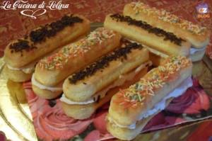 Sandwich con crema di fragola ricetta golosa | La Cucina di Lelina