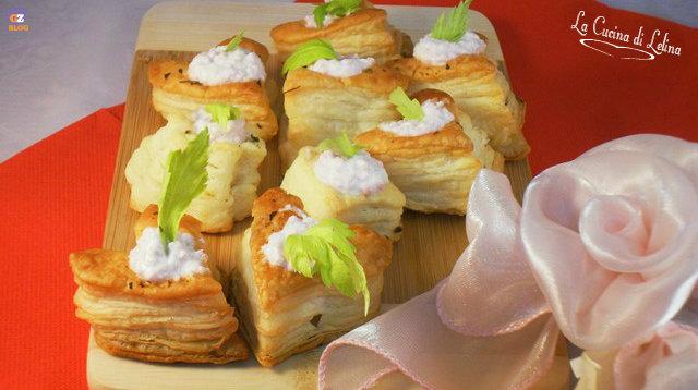 Cuori di sfoglia salati ricetta di San valentino | La Cucina di Lelina
