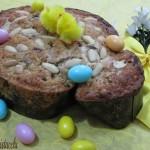 Colomba cioccolato e pistacchi dolce di pasqua