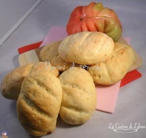 Panini di semola ricetta lievitati |La Cucina di Lelina