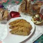 Cantucci allo zafferano e pistacchi