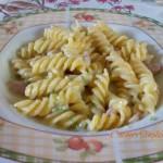 Fusilli gorgonzola zucchine e pancetta