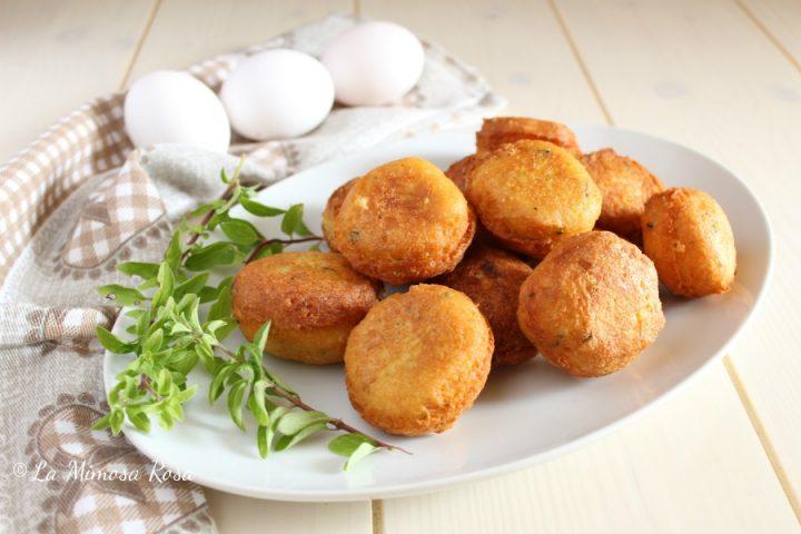 Polpette di pane e uova fritte e al sugo