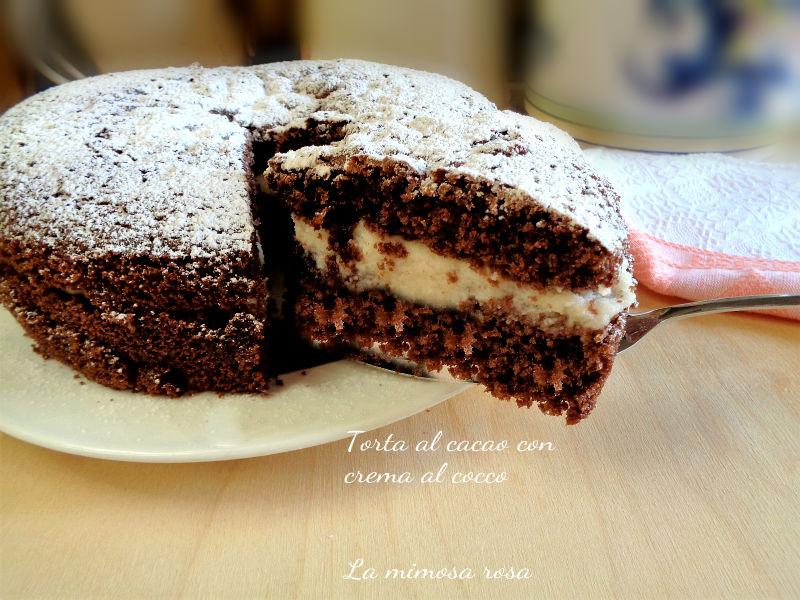 Torta al cacao con crema al cocco ricetta