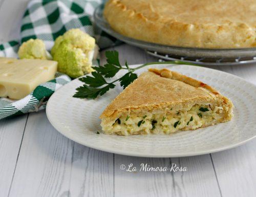 Torta salata con cavolfiore, emmental e besciamella