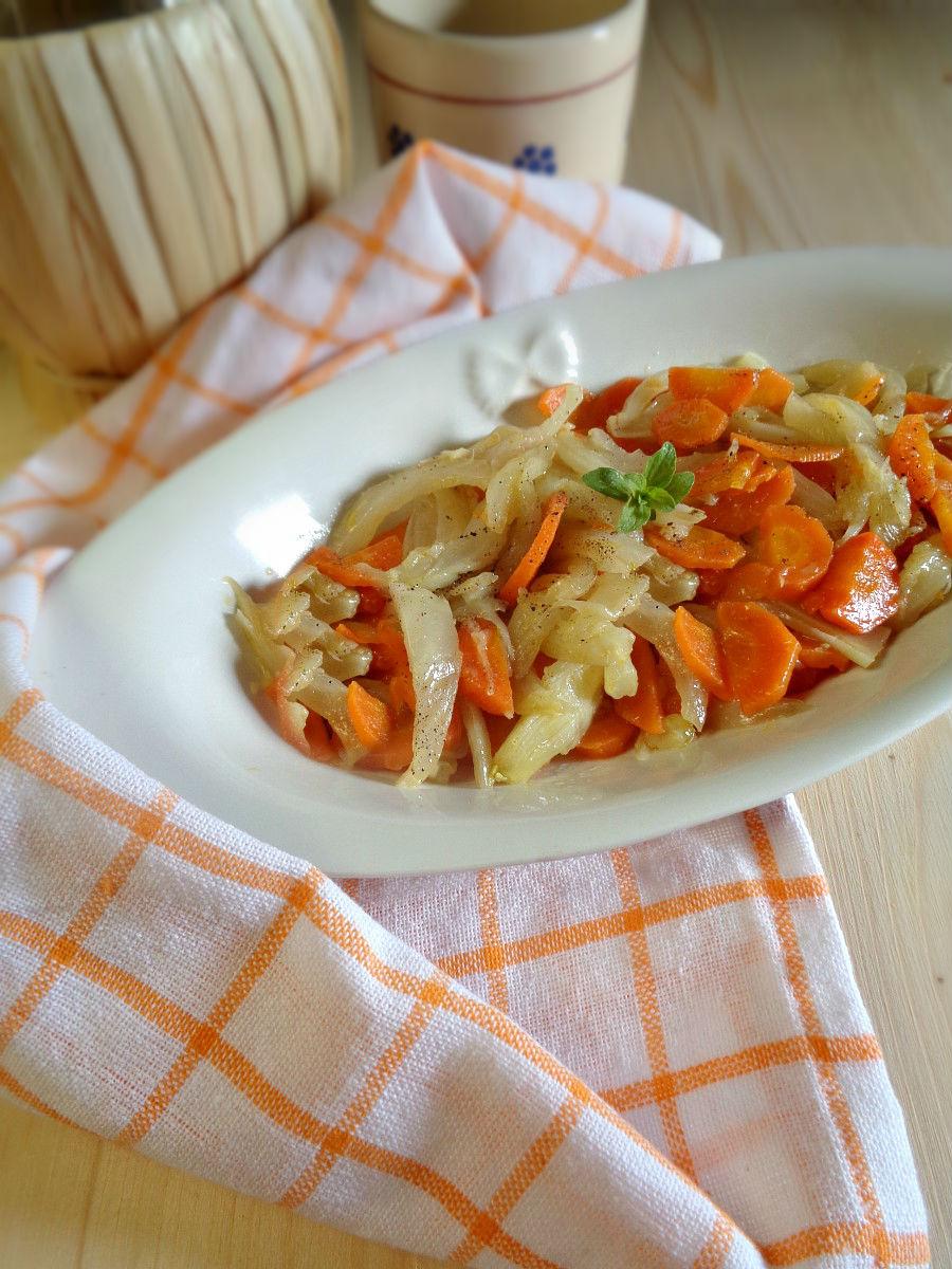 Contorno di finocchi e carote ricetta