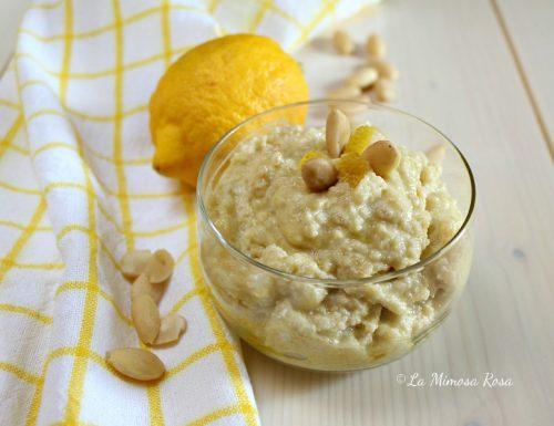 Pesto di mandorle e limone