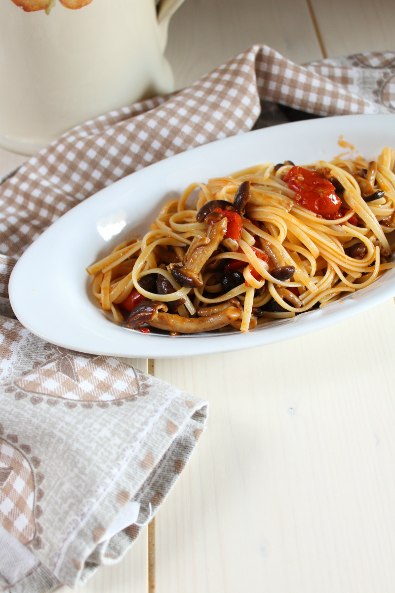 Pasta ai funghi pioppini ricetta facile