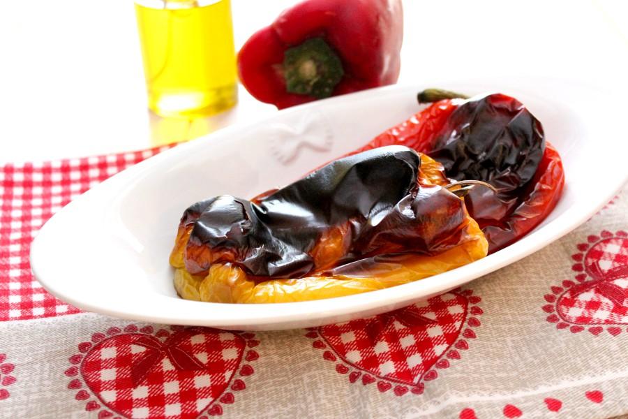 Peperoni arrostiti al forno come spellarli facilmente