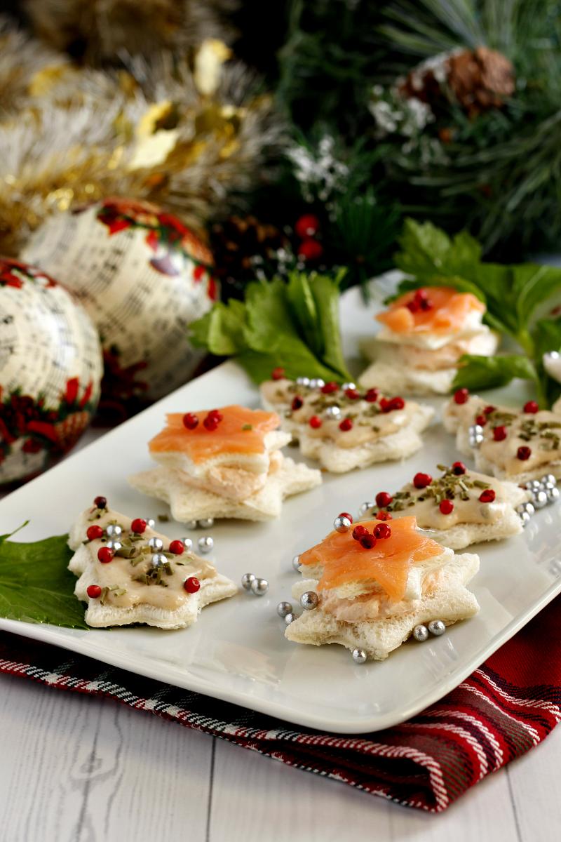 Antipasti Di Pesce A Natale.Antipasti Di Natale Tartine Natalizie Facili E Veloci