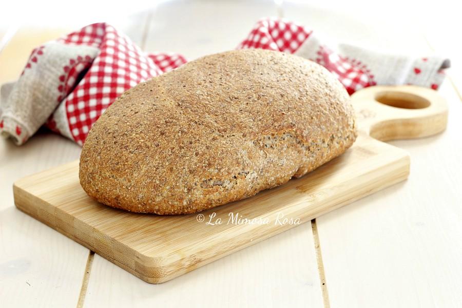 Pane di farro ai semi facile