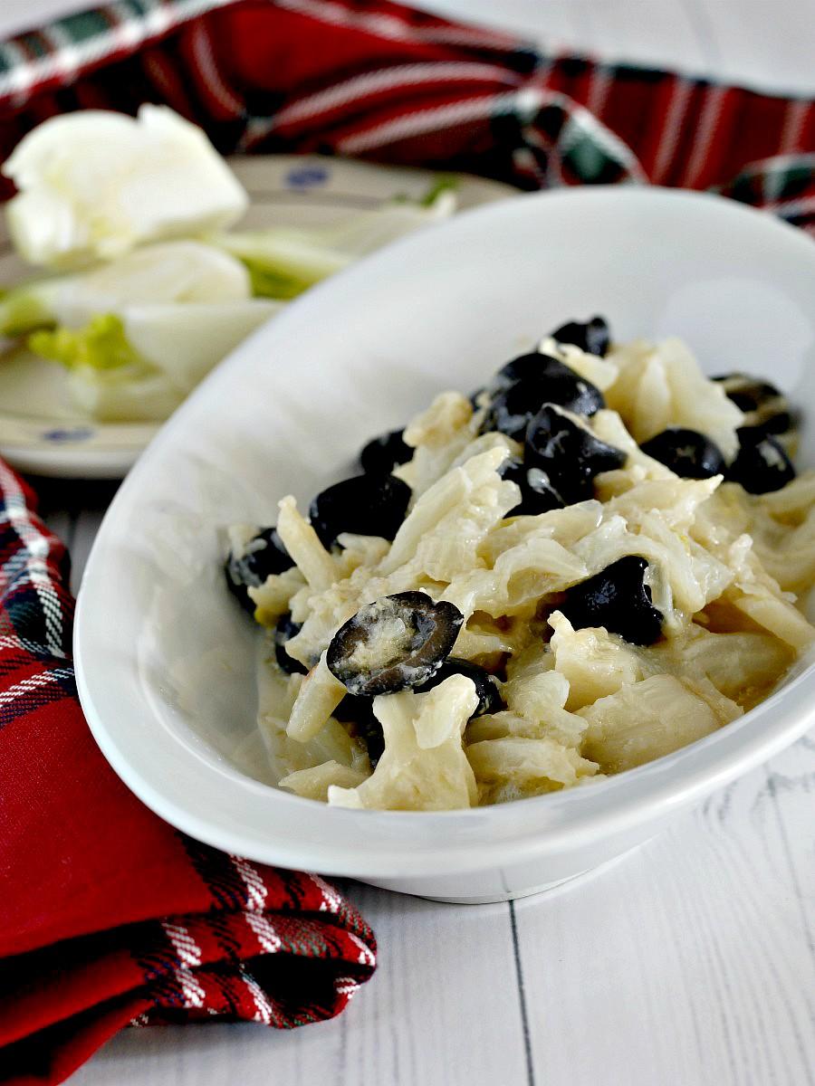 Finocchi con olive, cipolle e panna ricetta