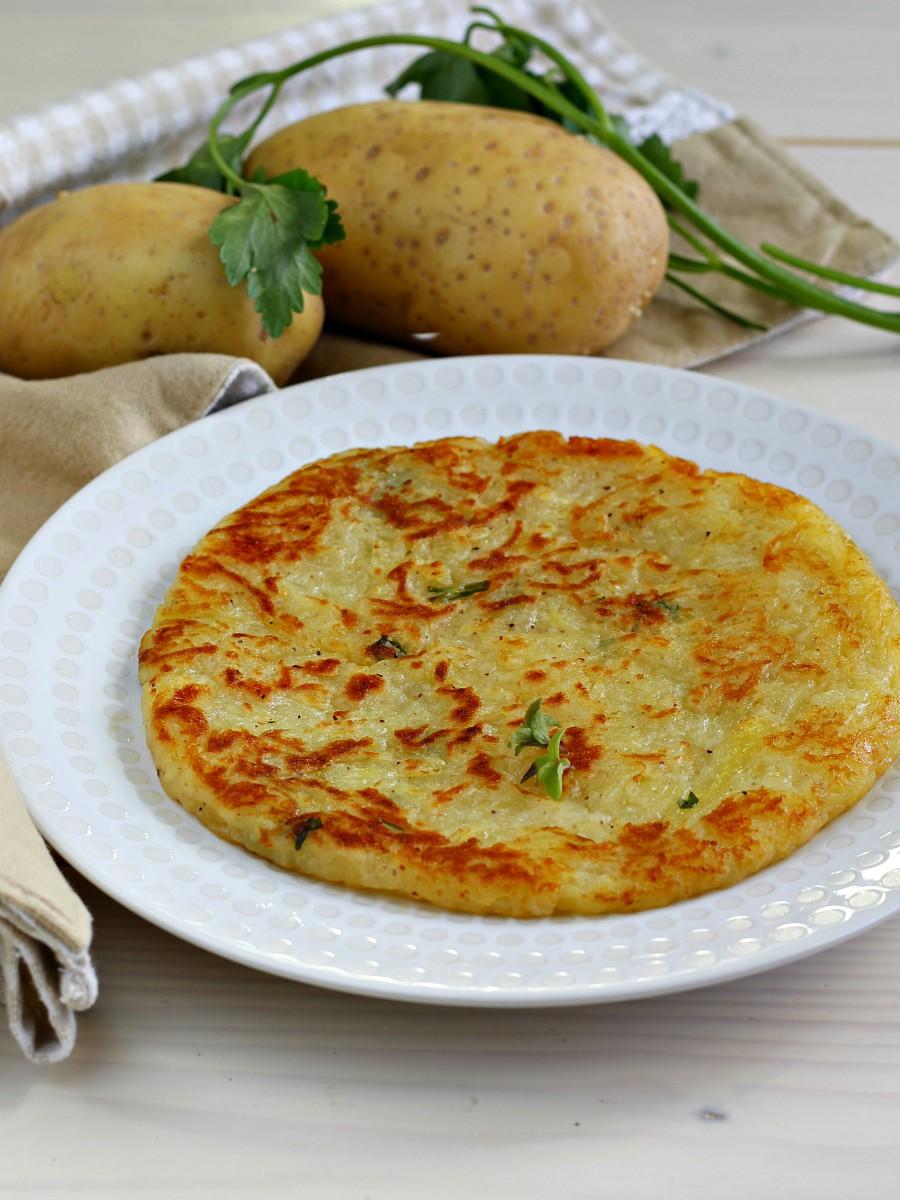 Torta di patate in padella ricetta veloce