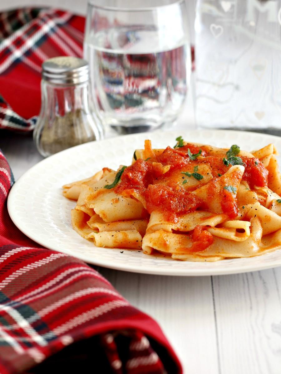 Lasagnette al sugo con cipolla ricetta