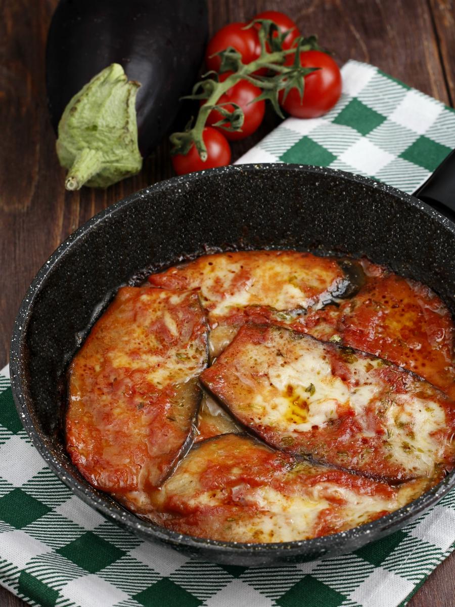 Melanzane alla pizzaiola in padella a crudo ricetta