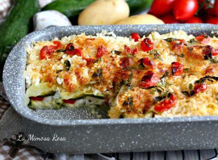 Tiella di riso patate e zucchine al forno
