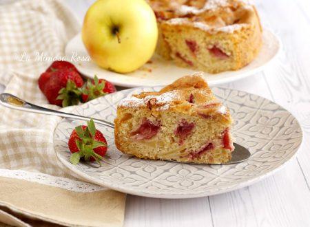 Torta soffice di mele e fragole