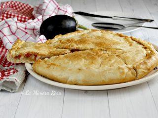 Pizza parigina alla parmigiana gustosa