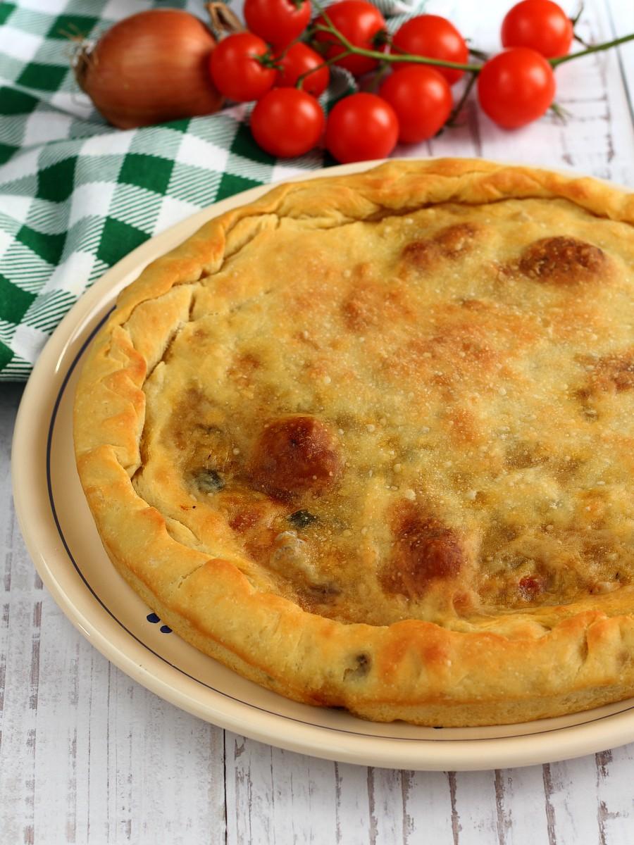 Focaccia con le cipolle e pomodorini ricetta
