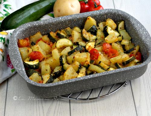 Patate e zucchine gratinate all'origano