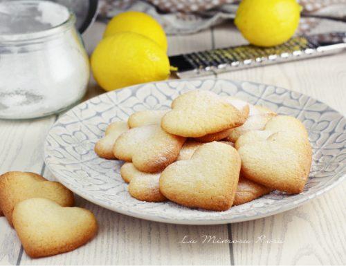 Biscotti di San Valentino al limone