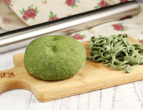 Pasta fresca verde senza uova