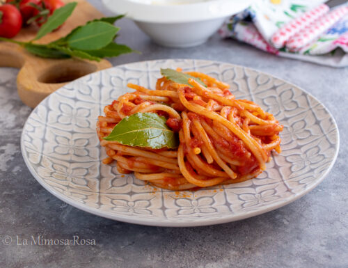 Spaghetti con alloro e cannella
