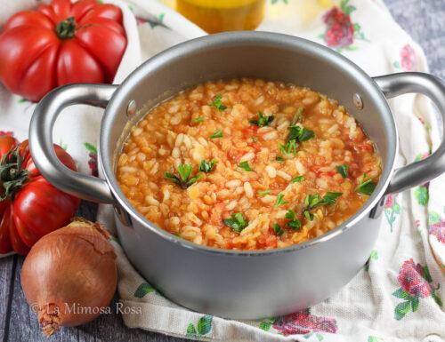 Minestra di riso e lenticchie rosse