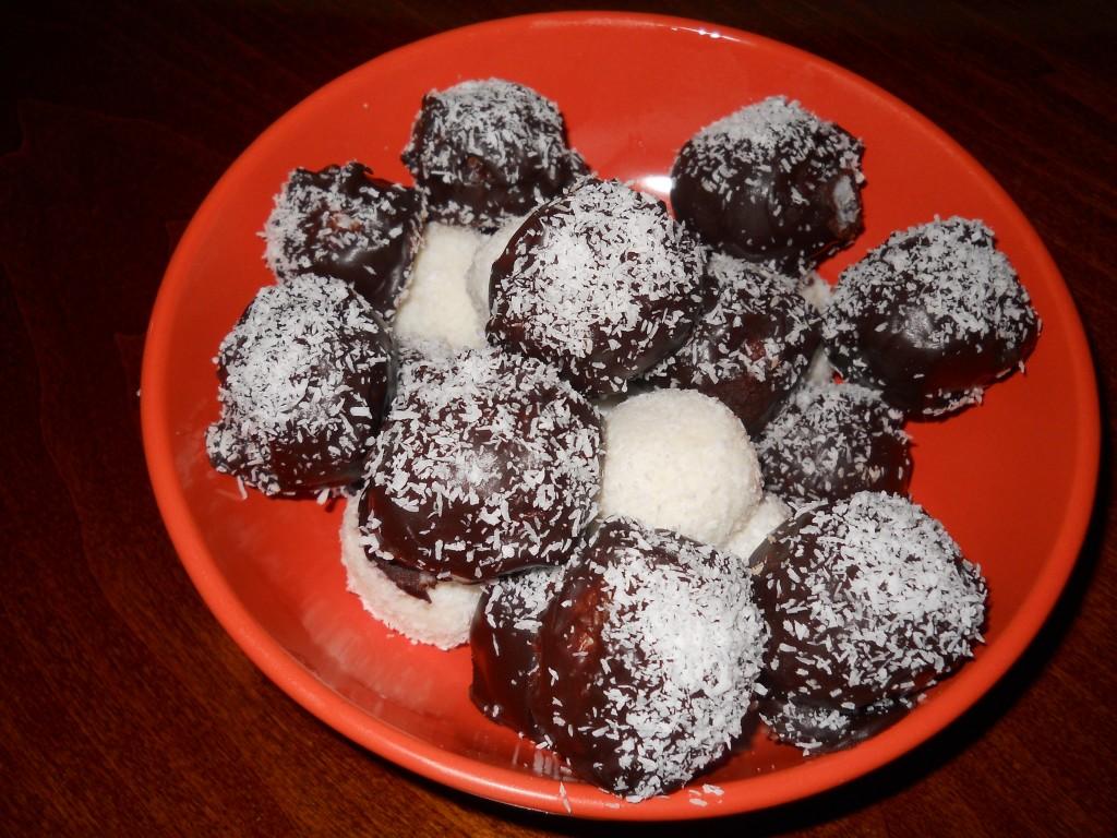 le mie palline di cocco al cioccolato