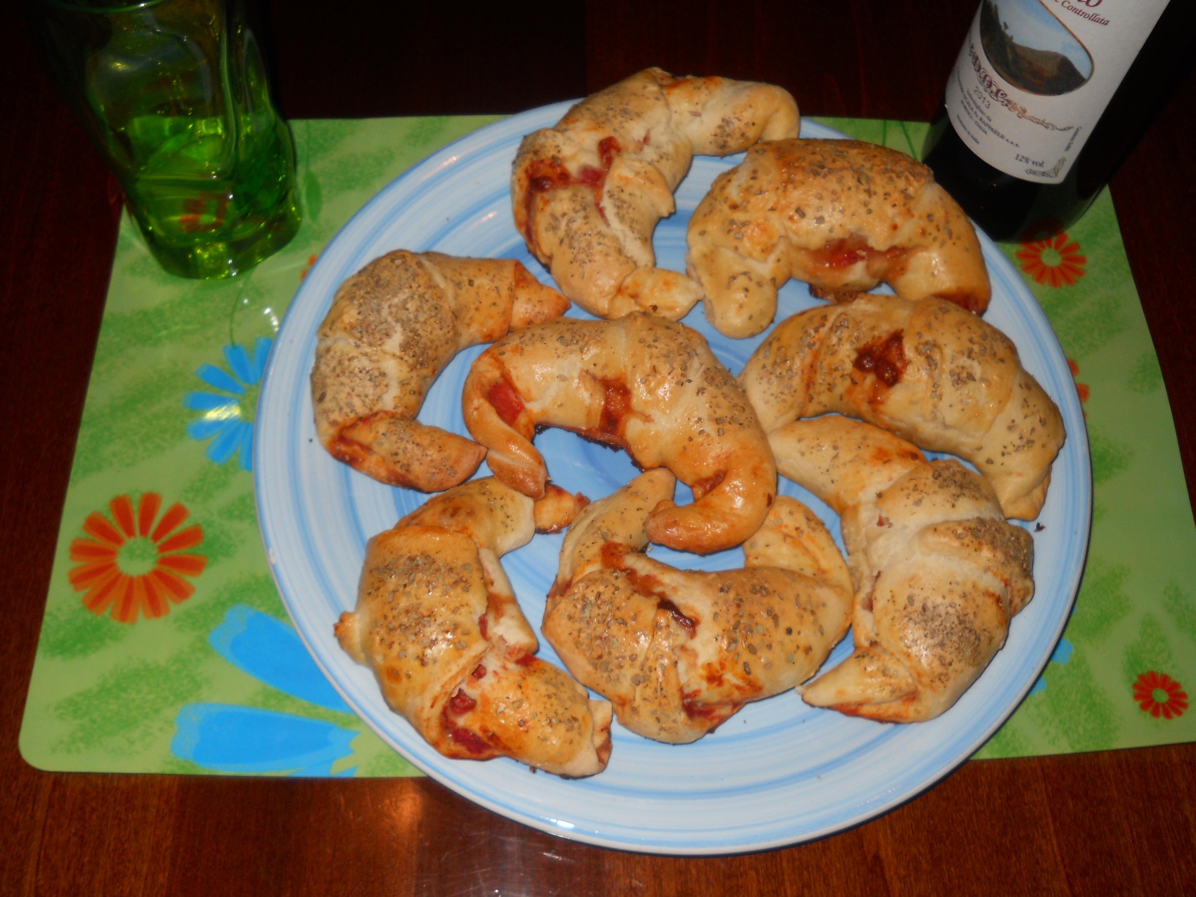 i mie cornetti rustici con pasta di pizza