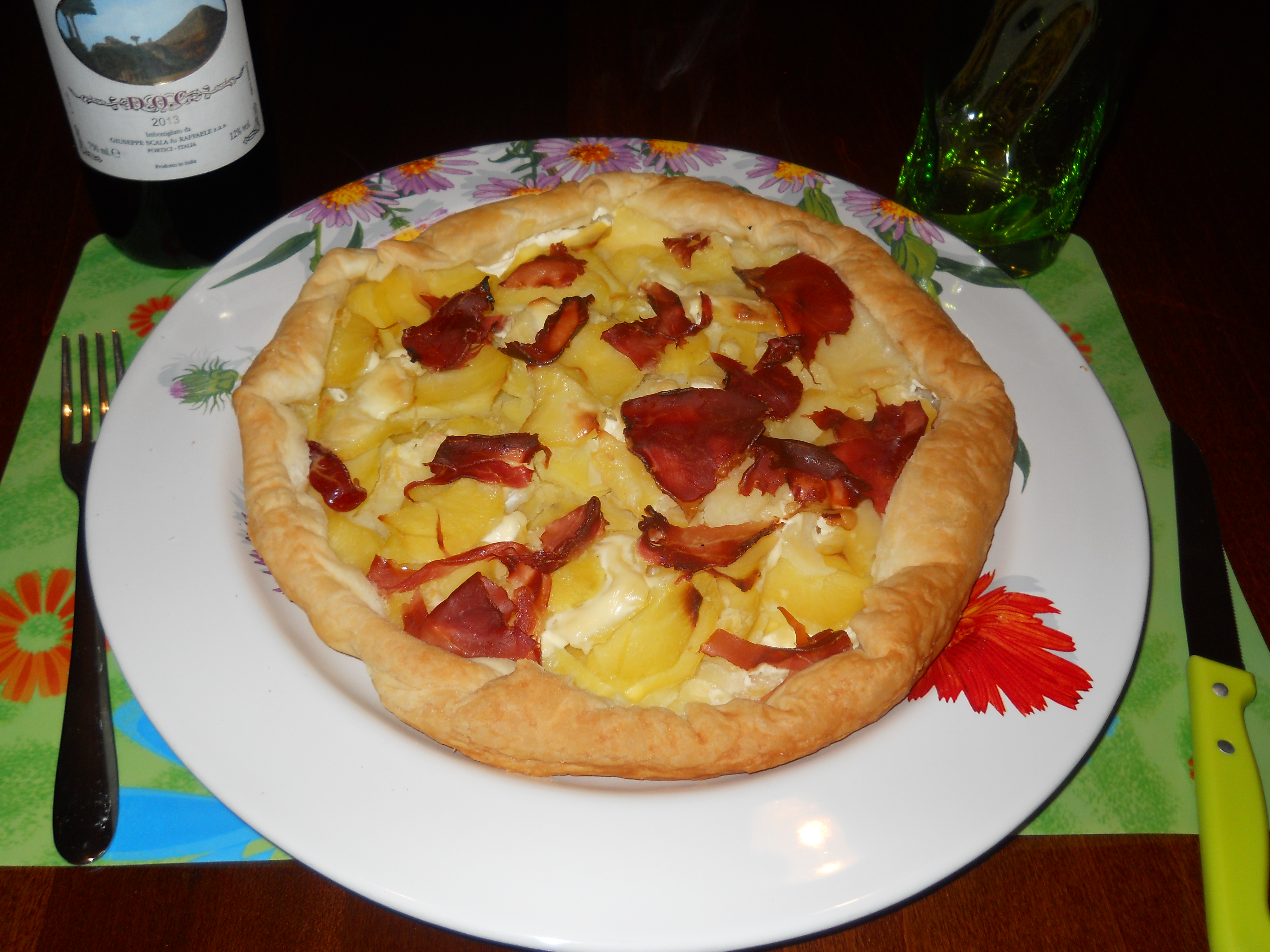 la mia pizza di sfoglia con patate,panna e prosciutto crudo