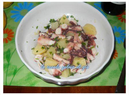 insalata di polipo e patate fresca e saporita