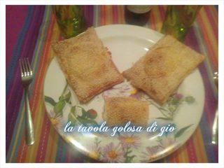 Fagottini di Pasta Sfoglia Farciti di Ricotta