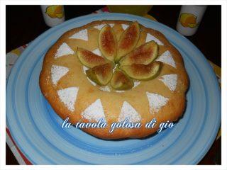la torta  con i fichi freschi settembrini