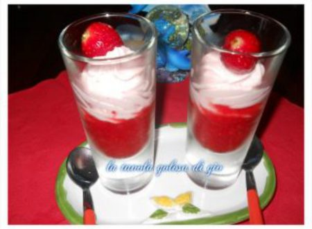 mousse di fragole delicatissima