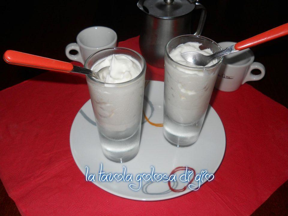 Crema al Latte e Vaniglia Deliziosa