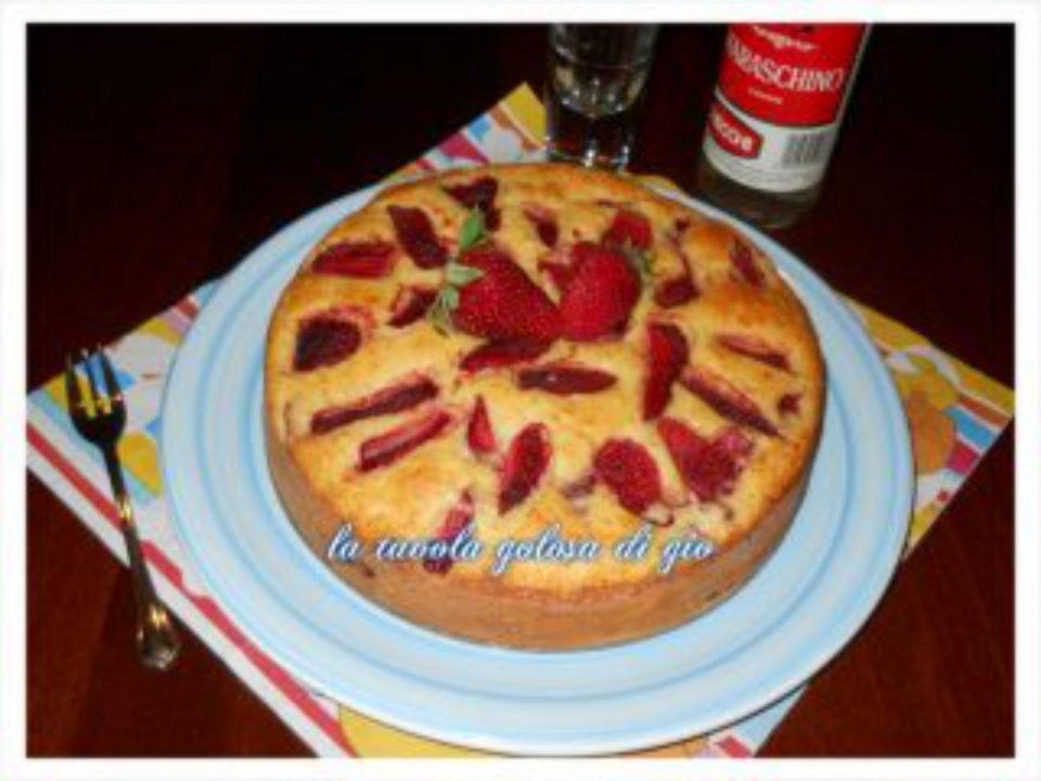Torta Golosa di Fragole e Ricotta